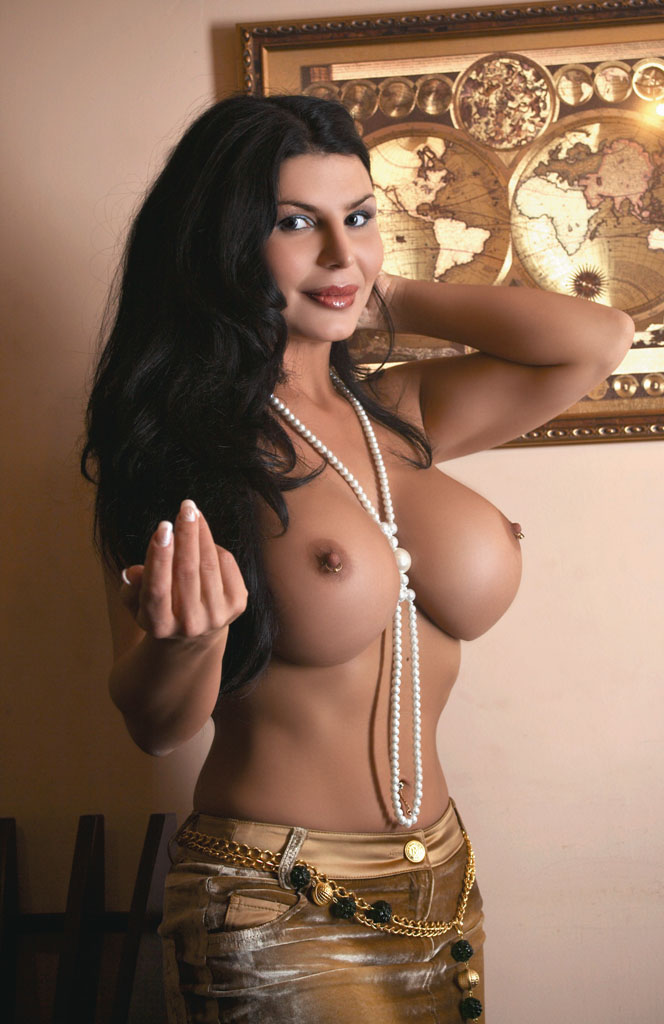 Голые актрисы грудь фото 94937 фотография